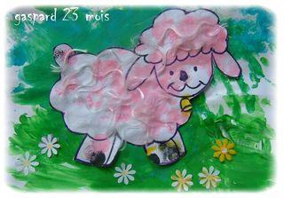 Mouton de gaspard ds le pré