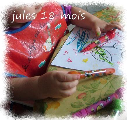 Jules colore sa fleur