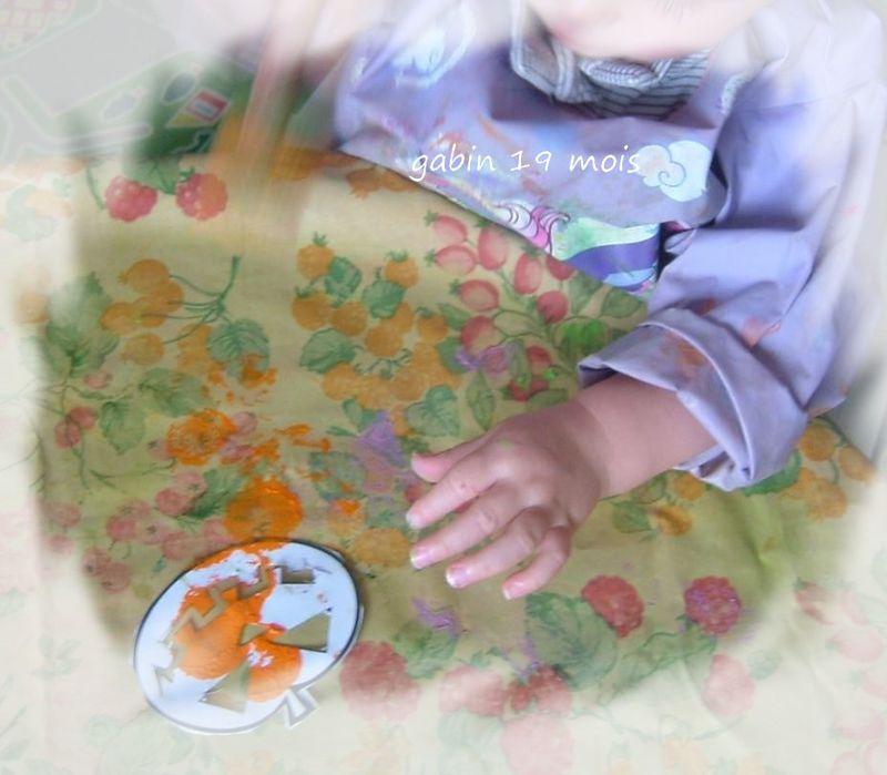 Gabin peind sa citrouille