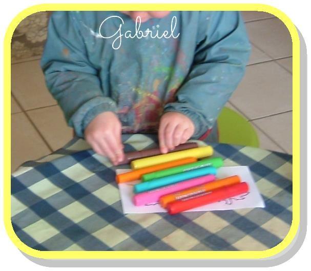 Gabriel et ses crayons