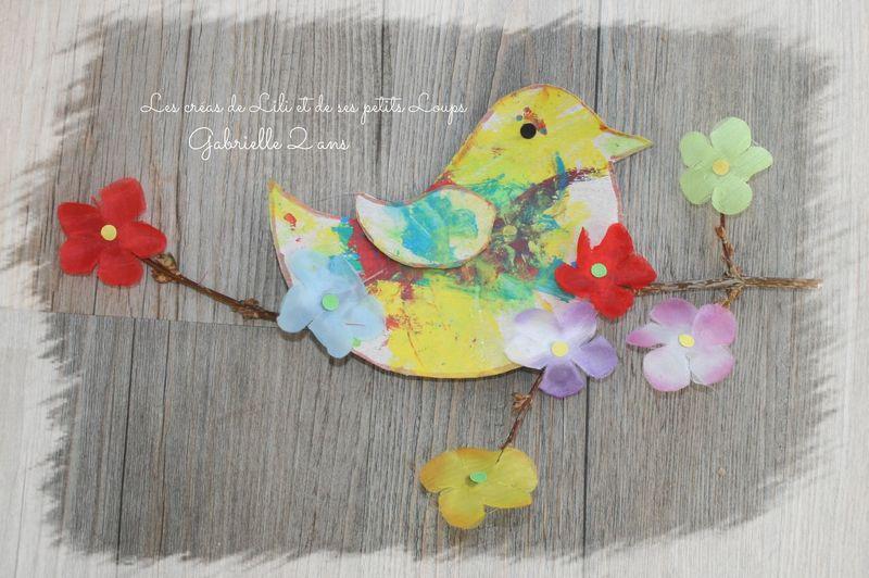 L'oiseau sur la branche fleurie de gabrielle