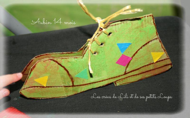 Chaussure debout  de coté Aubin